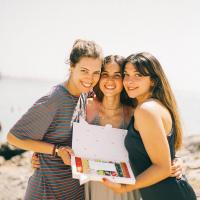 Qué bonita la amistad, qué bonito el verano y ¡más si es con sweet!Etiqueta a tus mejores amigxs y diles cuáles va a ser el planazo de este verano 2021.😍👯🥳