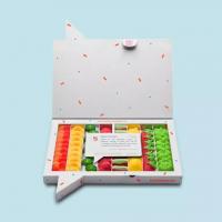 ¿Tenéis fruta favorita?❤️🍌🍏 🍋🍉🍓  Descubre Sweet Tutti Frutti una caja con la que no fallarás. Con 8 tipos de golosinas y más de 60 piezas, es el regalo perfecto para los amantes de las chuches. Formada por un surtido de8 sabores únicos: melocotón, plátano, melón, fresa con nata, sandía, limón, fresa y manzana. ¿Cuál es tu favorita? 🤤  #Regalo #Golosinas #Frutas  