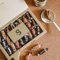 ¿Podéis elegir solo una? 😱   Espectacular surtido variado de las chocolatinas de toda la vida (Twix, Mars, Snickers y Maltesers). Regala esta inconfundible caja a esa persona tan especial que ama las chocolatinas por encima de todo.   ¡Le encantará! 🥴🤤  #SweetMessages #Golosinas #MomentoSweet 